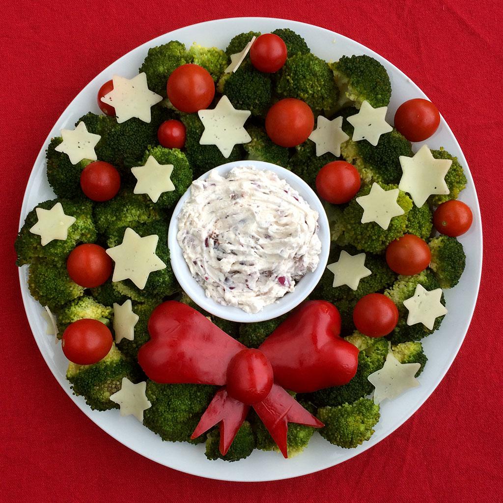 Veggie Christmas Tree Recipe: Vegetarian Christmas Wreath
